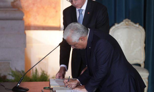"""<span class=""""entry-title-primary"""">António Costa promete salário mínimo de 750 euros em 2023</span> <span class=""""entry-subtitle"""">No discurso de posse do XXII Governo Constitucional</span>"""