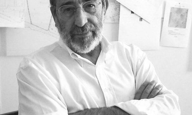 """<span class=""""entry-title-primary"""">Álvaro Siza Vieira galardoado com o Prémio Nacional de Arquitectura espanhol 2019</span> <span class=""""entry-subtitle"""">Foi reconhecido pelo contributo para as cidades espanholas</span>"""