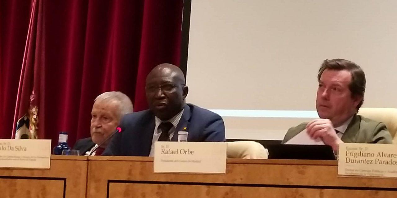 """<span class=""""entry-title-primary"""">Embaixador da Guiné-Bissau: """"A África é a sua casa""""</span> <span class=""""entry-subtitle"""">Apelam a uma maior atenção aos países africanos iberofalantes </span>"""