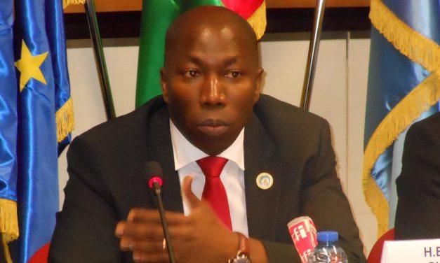 Dos ex primeros ministros pugnarán por la Presidencia de Guinea-Bissau tras la derrota de Vaz