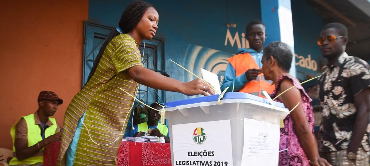"""<span class=""""entry-title-primary"""">Elecciones presidenciales en Guinea-Bissau: la CPLP afirma que el proceso fue «tranquilo, pacífico y ordenado»</span> <span class=""""entry-subtitle"""">Se espera que la Comisión Nacional Electoral publique los resultados provisionales el miércoles 27</span>"""