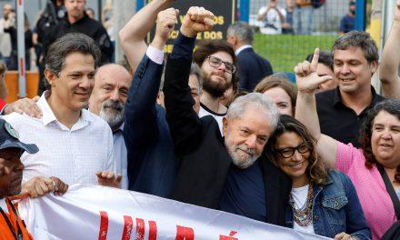 """<span class=""""entry-title-primary"""">Lula ha salido de la cárcel por decisión del Tribunal Supremo brasileño</span> <span class=""""entry-subtitle"""">Mañana dará un discurso en el sindicato de los metalúrgicos en São Paulo</span>"""