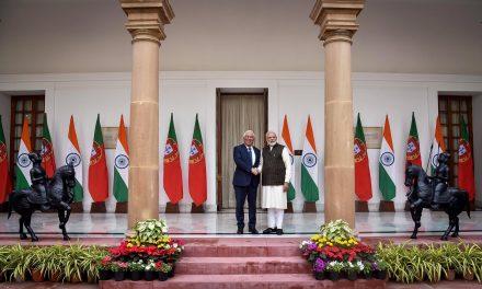 """<span class=""""entry-title-primary"""">António Costa visita la India para fortalecer los lazos políticos, familiares e históricos</span> <span class=""""entry-subtitle"""">La India comunicó que va a solicitar el estatuto de observador en la comunidad lusófona (CPLP)</span>"""