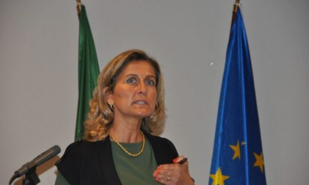 España y Portugal impulsan un área ibérica internacional para camioneros en La Raya