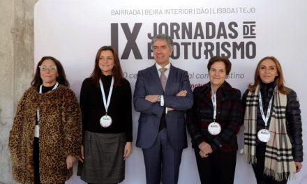 """<span class=""""entry-title-primary"""">Espanha e Portugal projetam corredores culturais para turistas</span> <span class=""""entry-subtitle"""">Pedro Machado explica a diversidade do turismo cultural de A Raia e as possibilidades para o futuro</span>"""