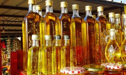 """<span class=""""entry-title-primary"""">La inversión española en el aceite de oliva portugués no deja de crecer</span> <span class=""""entry-subtitle"""">El oro verde es una de las marcas nacionales de Portugal y de España</span>"""