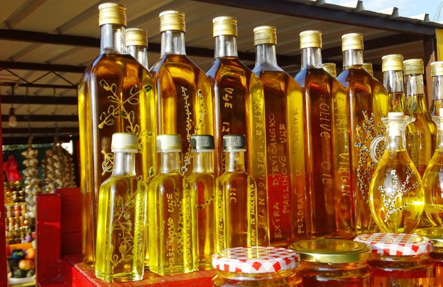"""<span class=""""entry-title-primary"""">O investimento espanhol no azeite de oliva português não para de crescer</span> <span class=""""entry-subtitle"""">O ouro verde é um dos trunfos de Portugal e Espanha</span>"""