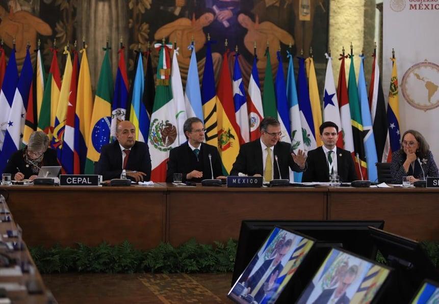 "<span class=""entry-title-primary"">Brasil se ausenta de la cumbre de Estados latinoamericanos en México</span> <span class=""entry-subtitle"">López Obrador, presidente de México, intenta relanzar el organismo en medio de una fuerte división de intereses</span>"