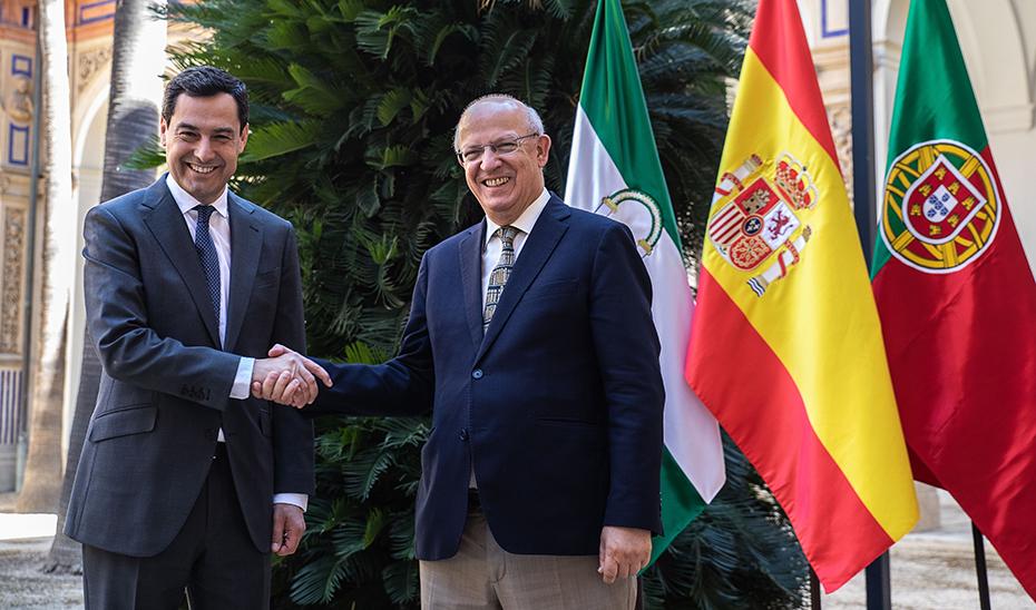 """<span class=""""entry-title-primary"""">O presidente da Junta de Andaluzia reunir-se-á com três ministros na sua viagem oficial a Portugal</span> <span class=""""entry-subtitle"""">Na quinta-feira, 16 de Janeiro, viajará a Faro para participar numa reunião da Euroregião Alentejo-Algarve-Andaluzia</span>"""