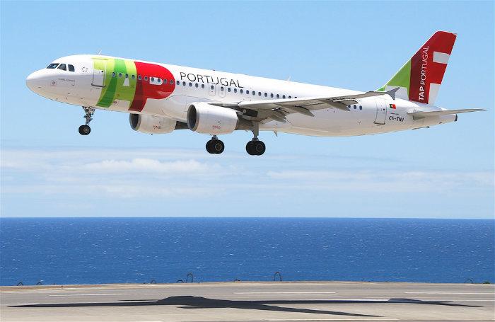 """<span class=""""entry-title-primary"""">TAP espera voar a partir de 1 de julho para Madrid, Barcelona, Sevilha e Málaga</span> <span class=""""entry-subtitle"""">A companhia aérea formalizou no mês passado um pedido de auxílio ao Estado português</span>"""