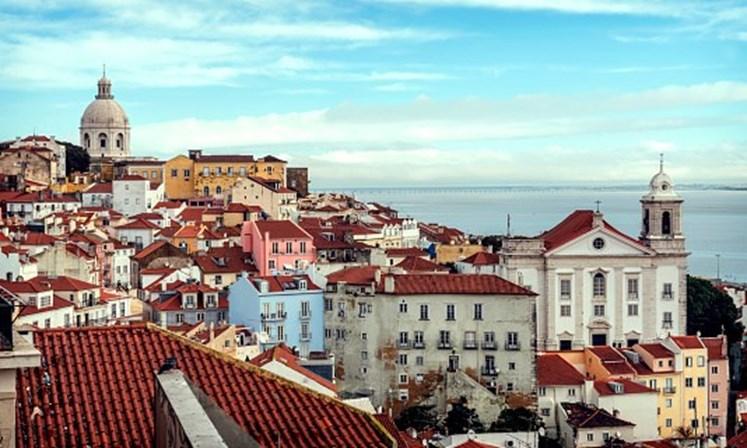 """<span class=""""entry-title-primary"""">El gobierno portugués ha presentado el decreto «Derecho Real de Vivienda Duradera (DHD)»</span> <span class=""""entry-subtitle"""">Si el inquilino no tiene dinero para pagar la fianza, puede hipotecar """"el derecho"""" a residir en la propiedad</span>"""