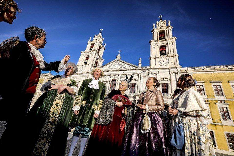 """<span class=""""entry-title-primary"""">Las campanas del Convento de Mafra repican de nuevo</span> <span class=""""entry-subtitle"""">El Palacio Nacional de Mafra fue declarado el año pasado por la UNESCO como Patrimonio de la Humanidad</span>"""