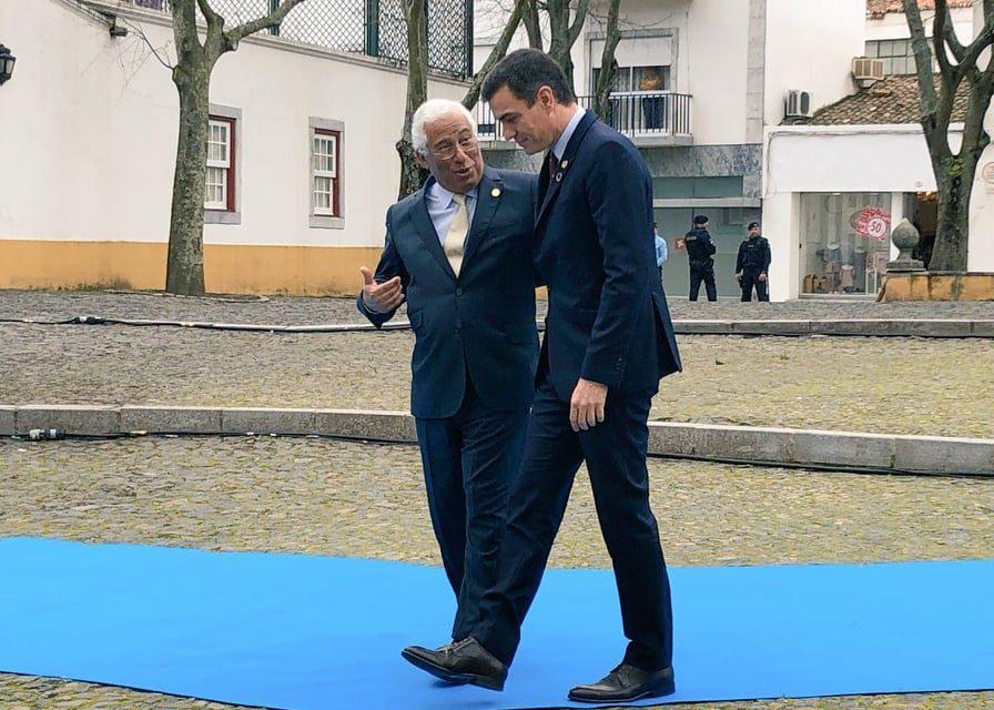 """<span class=""""entry-title-primary"""">Pedro Sánchez e António Costa reúnem-se em Beja (Portugal) com os países do Leste</span> <span class=""""entry-subtitle"""">Portugal promove acordo com a Europa do Leste para reduzir impacto do declínio dos fundos de coesão através do Brexit </span>"""