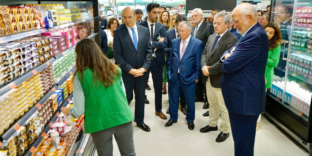 """<span class=""""entry-title-primary"""">Mercadona aumenta las compras a productores portugueses</span> <span class=""""entry-subtitle"""">La política de la empresa constituye una oportunidad para la industria y el sector primario luso</span>"""