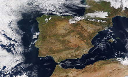"""<span class=""""entry-title-primary"""">El """"Iberolux"""" ya tiene un diseño de tratado-marco desde 2007</span> <span class=""""entry-subtitle"""">La propuesta de articulación tripartita del espacio ibérico sería suscrita por España, Portugal y también Andorra</span>"""