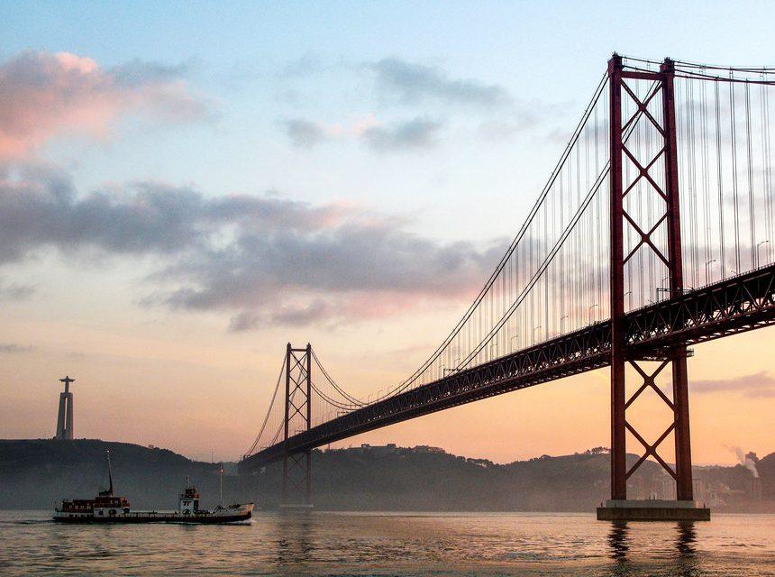 """<span class=""""entry-title-primary"""">Ponte 25 de Abril tem obras atrasadas</span> <span class=""""entry-subtitle"""">A conclusão das obras deverá acontecer em 2021</span>"""