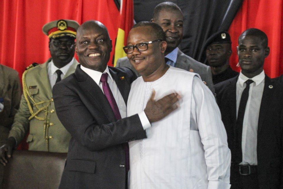 """<span class=""""entry-title-primary"""">El nuevo presidente de Guinea-Bissau, Sissoco Embaló, destituye al primer ministro Aristides Gomes</span> <span class=""""entry-subtitle"""">El Tribunal Supremo analiza un proceso de impugnación de los resultados electorales presentado por Domingos Simões</span>"""