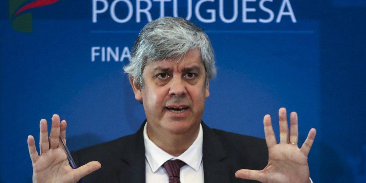"""<span class=""""entry-title-primary"""">Portugal destinará 9.000 millones a empresas y autónomos por el coronavirus</span> <span class=""""entry-subtitle"""">Las iniciativas anunciadas representan un 17% del PIB trimestral</span>"""