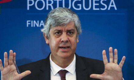 """<span class=""""entry-title-primary"""">Portugal vai destinar 9.000 milhões a empresas e autónomos devido ao coronavírus</span> <span class=""""entry-subtitle"""">As iniciativas anunciadas representam 17% do PIB trimestral de Portugal</span>"""