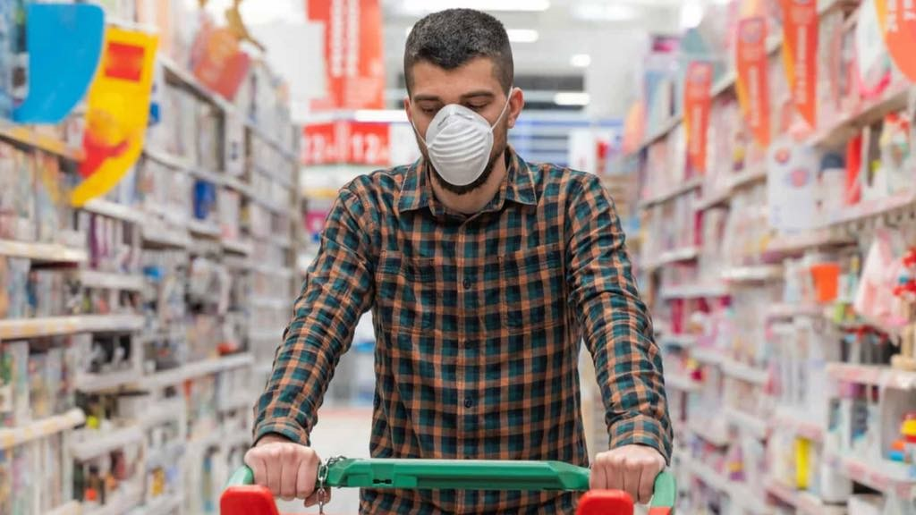 """<span class=""""entry-title-primary"""">Los supermercados cambian las medidas para combatir el Covid-19</span> <span class=""""entry-subtitle"""">Horarios especiales y restricciones en la entrada son la norma en tiempos de pandemia</span>"""