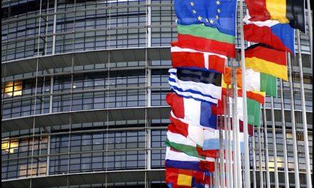 """<span class=""""entry-title-primary"""">El Día de Europa se celebra con llamamientos a la solidaridad</span> <span class=""""entry-subtitle"""">La celebración ha recurrido a las nuevas tecnologías con declaraciones de líderes políticos y eventos culturales</span>"""