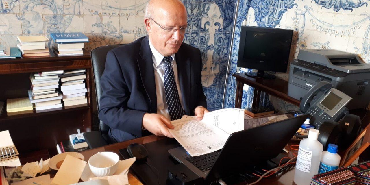 """<span class=""""entry-title-primary"""">Augusto Santos Silva: """"Nós não gostámos que a decisão de impor uma quarentena a cidadãos estrangeiros não tenha sido previamente comunicada a Portugal""""</span> <span class=""""entry-subtitle"""">Portugal não decretou uma medida recíproca, ao contrário da França</span>"""