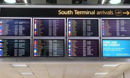 """<span class=""""entry-title-primary"""">Portugal sai do castigo inglês</span> <span class=""""entry-subtitle"""">Desempregados do turismo podem vir a trabalhar nas áreas sociais</span>"""