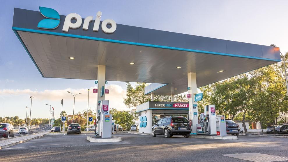 """<span class=""""entry-title-primary"""">Disa crece en Portugal con la compra de la energética Prio</span> <span class=""""entry-subtitle"""">El grupo presidido por Demetrio Carceller gestionará una red de 247 gasolineras y una fábrica de biodiesel</span>"""