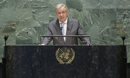 """<span class=""""entry-title-primary"""">António Guterres pide a los líderes guiarse por la ciencia y alejarse del populismo</span> <span class=""""entry-subtitle"""">El diplomático ibérico ha realizado un discurso de alerta en la apertura de la Asamblea General de las Naciones Unidas</span>"""