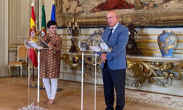 """<span class=""""entry-title-primary"""">Arancha González Laya ha anunciado en Lisboa la """"transformación de las regiones fronterizas""""</span> <span class=""""entry-subtitle"""">Santos Silva ha confirmado la Cumbre Ibérica para el 2 de octubre, mientras que González Laya ha afirmado que serían los días 2 y 3</span>"""