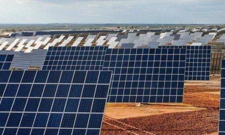 """<span class=""""entry-title-primary"""">Galp torna-se a líder Ibérica na energia solar</span> <span class=""""entry-subtitle"""">Negócio com empresa espanhola abre novas oportunidades nas renováveis</span>"""