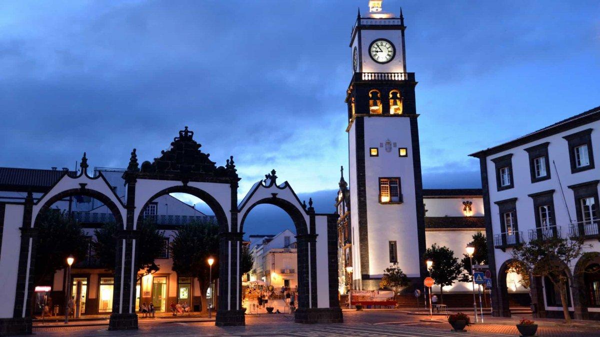 El Partido Socialista vuelve a ganar en las Azores, pero sin mayoría absoluta
