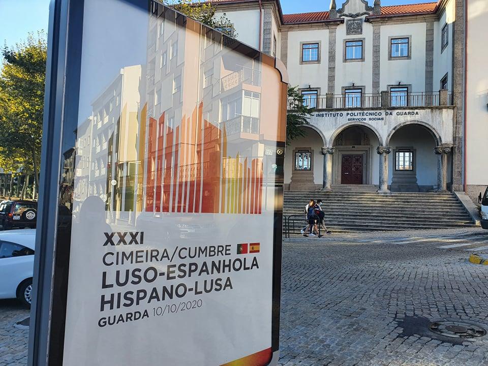 """<span class=""""entry-title-primary"""">Uma cimeira para melhorar a vida dos cidadãos nas zonas transfronteiriças</span> <span class=""""entry-subtitle"""">O encontro bilateral de Guarda pretendem elevar o patamar de colaboração que existe entre ambos países. Espanha e Portugal querem pôr a funcionar de forma rápida as decisões importantes que vão sair da reunião</span>"""