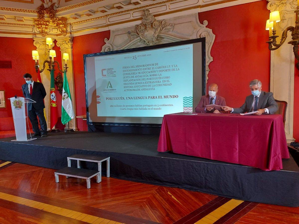 O ensino do português estende-se à Primária como segunda língua estrangeira  na Andaluzia - El Trapezio