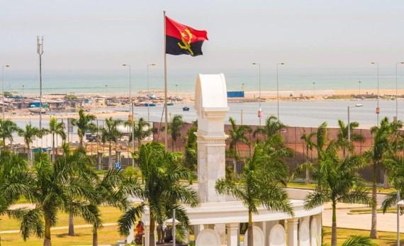 """<span class=""""entry-title-primary"""">¿Qué camino ha recorrido Angola 45 años después de su independencia?</span> <span class=""""entry-subtitle"""">Angola acogerá la próxima cumbre de la CPLP (comunidad lusófona)</span>"""