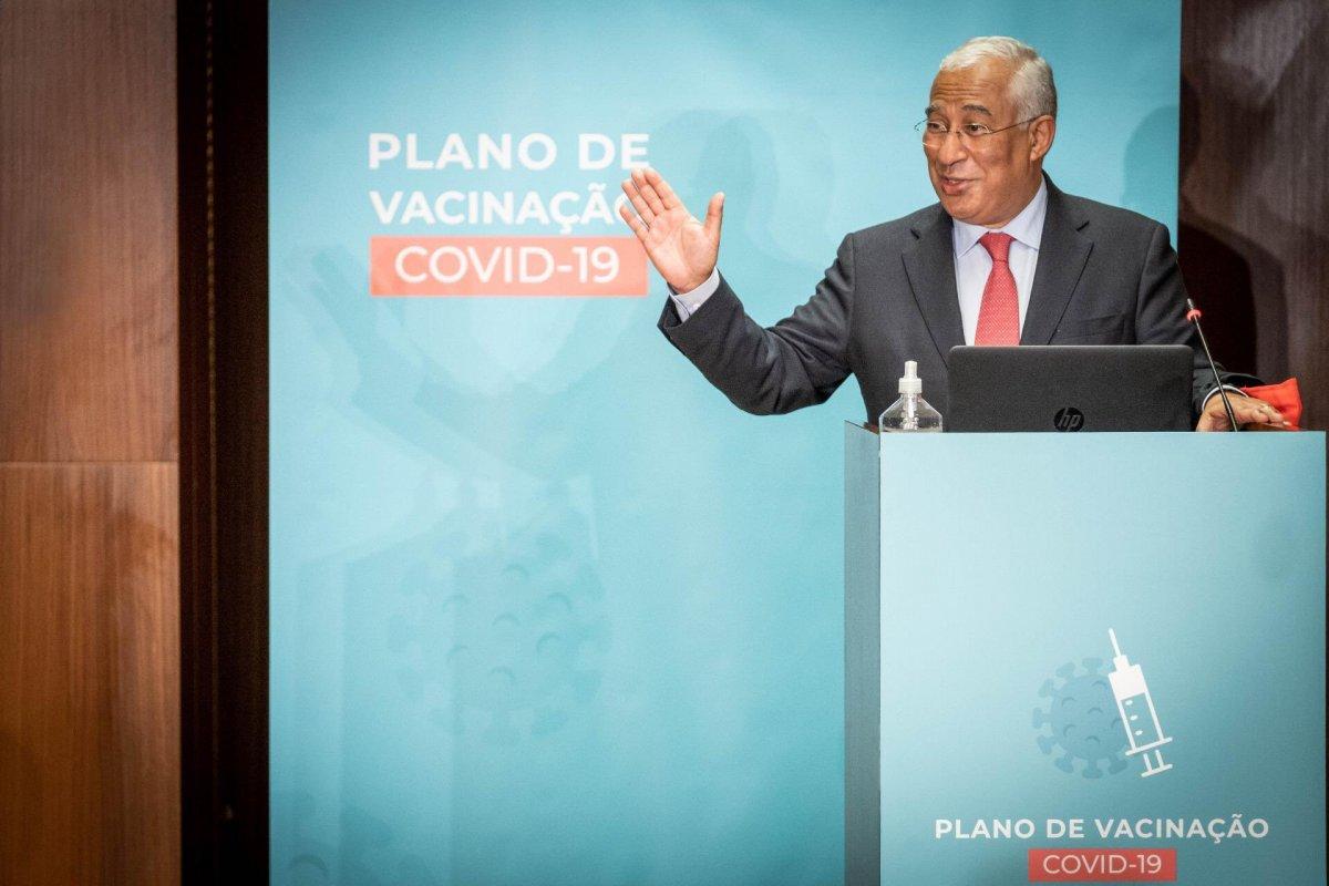 """<span class=""""entry-title-primary"""">António Costa muestra su confianza en la vacunación</span> <span class=""""entry-subtitle"""">Desde este domingo hasta el 7 de enero el toque de queda será de 23:00 a 5:00, los días de diario, y de 13.00 a 5.00 horas, en festivos</span>"""