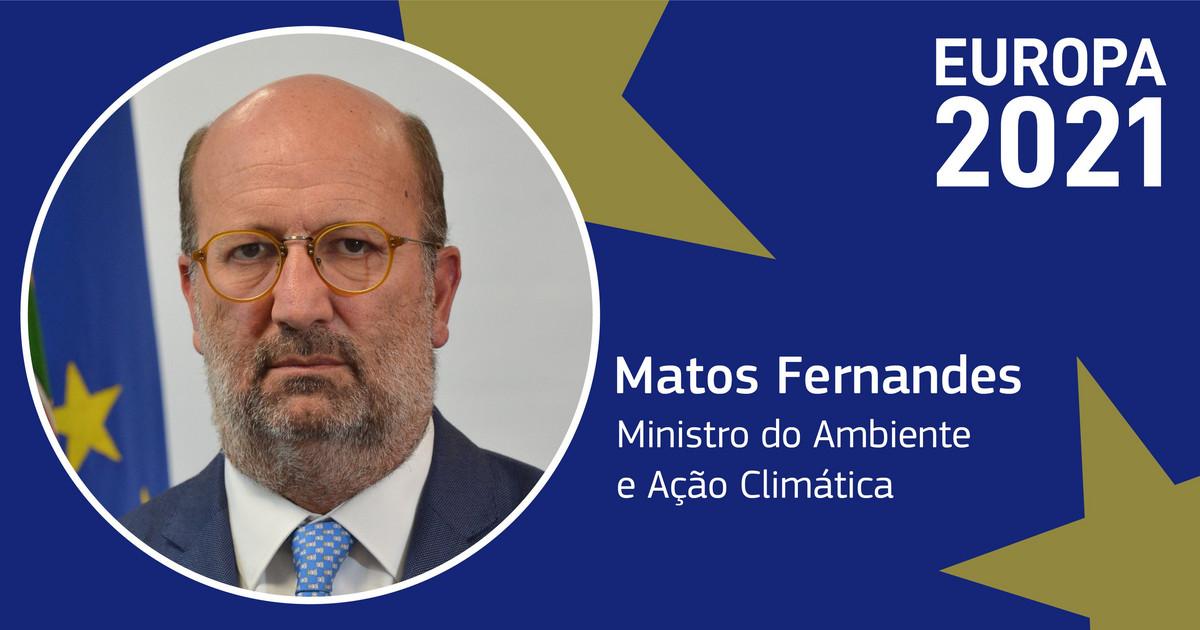"""<span class=""""entry-title-primary"""">Lisboa pone como prioridad climática de la UE fijar meta final de CO2 en 2030</span> <span class=""""entry-subtitle"""">El objetivo es una reducción de """"al menos el 55%"""" de emisiones de CO2 al final de la década</span>"""