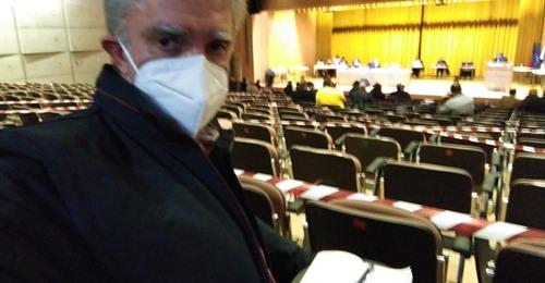"""<span class=""""entry-title-primary"""">El Movimento Partido Ibérico defiende una relación estrecha entre la Cova da Beira y Salamanca</span> <span class=""""entry-subtitle"""">El coordinador nacional del mPI, Paulo Gonçalves, ha participado en el pleno del Ayuntamiento de Covilhã</span>"""