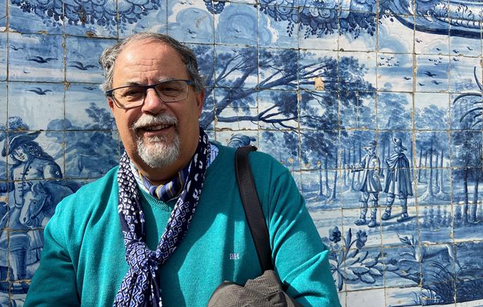 """<span class=""""entry-title-primary"""">Entrevista a González Alcantud: """"O iberismo e o orientalismo ibérico em uníssono podem dar-nos esperança""""</span> <span class=""""entry-subtitle"""">O autor granadino acaba de publicar o livro """"Qué es el orientalismo"""" e está a organizar umas jornadas de antropologia e historia sobre iberismo</span>"""