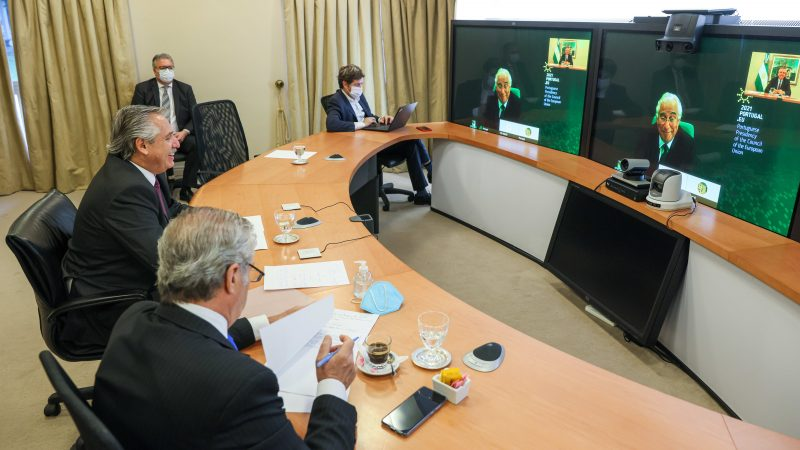 """<span class=""""entry-title-primary"""">António Costa aborda promoção do acordo UE-Mercosul com o presidente da Argentina</span> <span class=""""entry-subtitle"""">Argentina y Portugal exercem as Presidências rotativas dos seus respetivos blocos regionais</span>"""