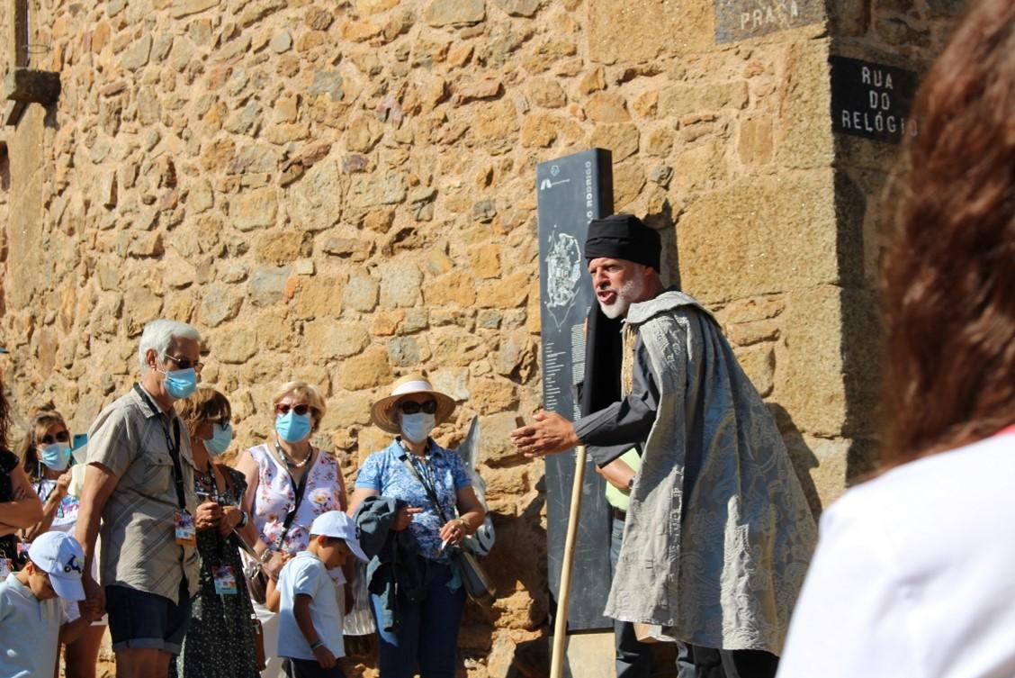 """<span class=""""entry-title-primary"""">Los pueblos históricos de Portugal tienen la esperanza de poder celebrar su cultura con público presencial</span> <span class=""""entry-subtitle"""">Portugal no espera abrir sus fronteras al turismo hasta mayo, según informaciones de la secretaria de Estado de Turismo</span>"""