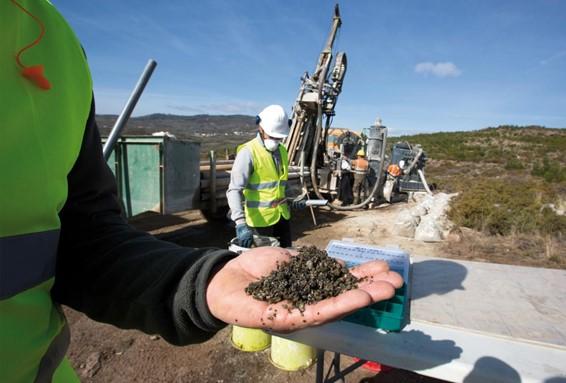 Organizaciones ibéricas ecologistas piden que el litio sea retirado del Plan de Recuperación portugués