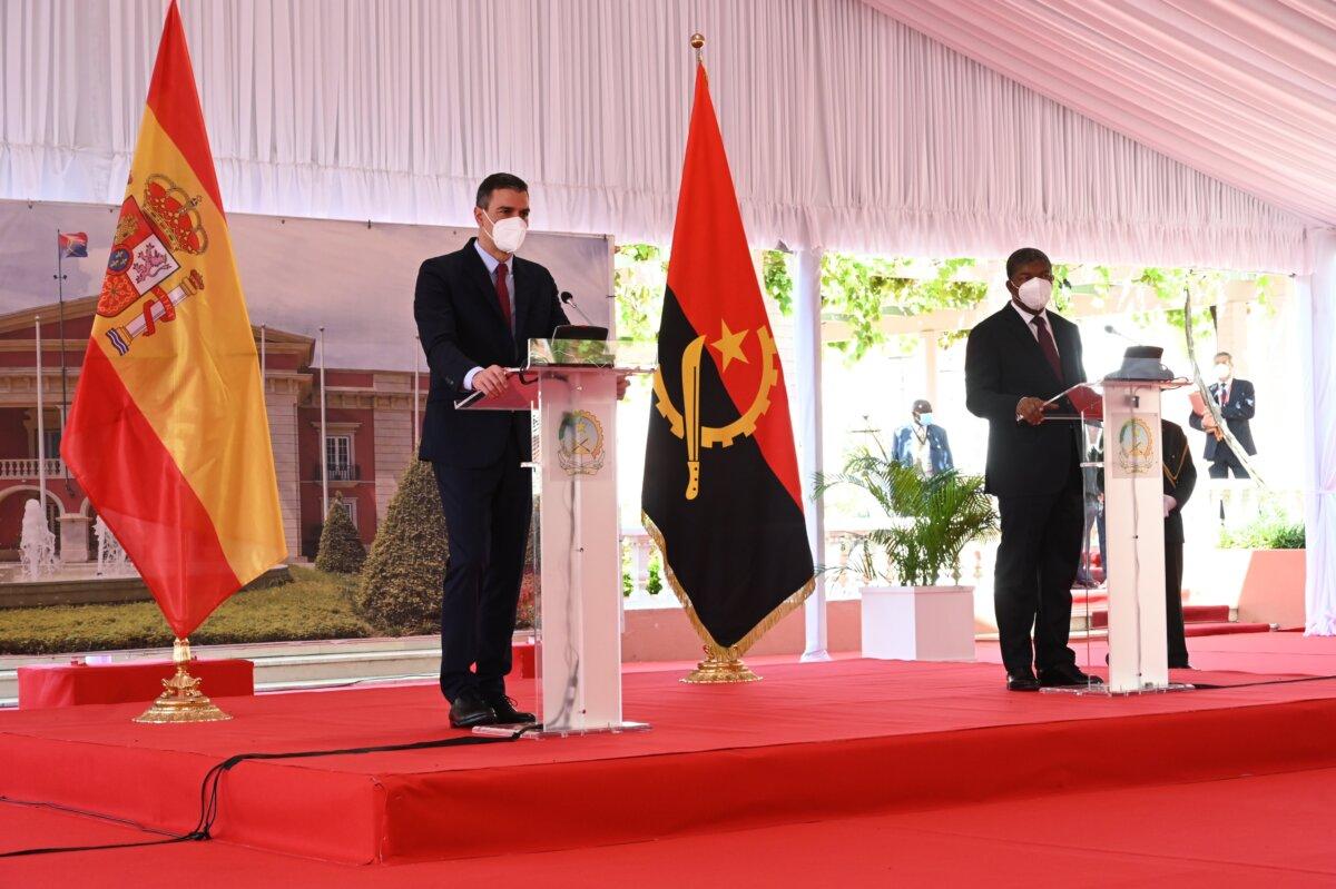 """<span class=""""entry-title-primary"""">España sella una alianza empresarial con Angola sin mencionar la CPLP ni Iberoamérica</span> <span class=""""entry-subtitle"""">El presidente angoleño desea que esa prioridad establecida por España se traduzca en un mayor dinamismo de las relaciones</span>"""