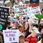 O Secretário-Geral da ONU volta a alertar para o «abismo climático»