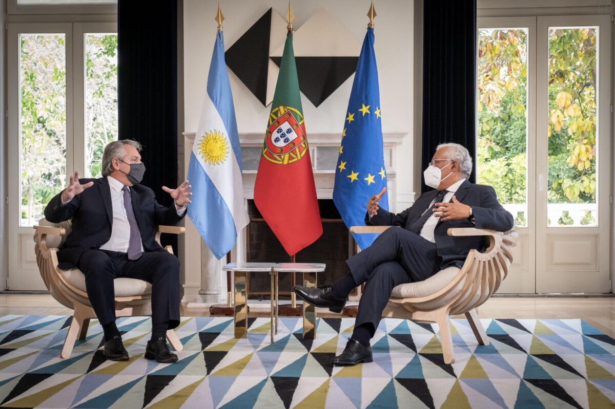 Portugal apoya a Argentina en su demanda para aliviar la presión del FMI