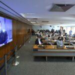 Comissão do Senado brasileiro investiga a negligência e negacionismo de Bolsonaro