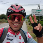 El ciclista vallisoletano Guillermo Prieto completa los 1.274 kilómetros de La Raya por una causa solidaria