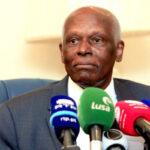 Expresidente José Eduardo Dos Santos regresa a Angola tras dos años de exilio en Barcelona