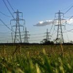 Governos ibéricos preparam medidas para tentar travar subidas na electricidade