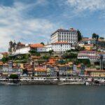 As restricións para viaxar a Portugal mantéñense no mes de setembro